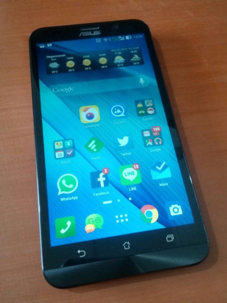 ASUS Zenfone 2 Intel Atom Smartphone (ZE551ML) Review